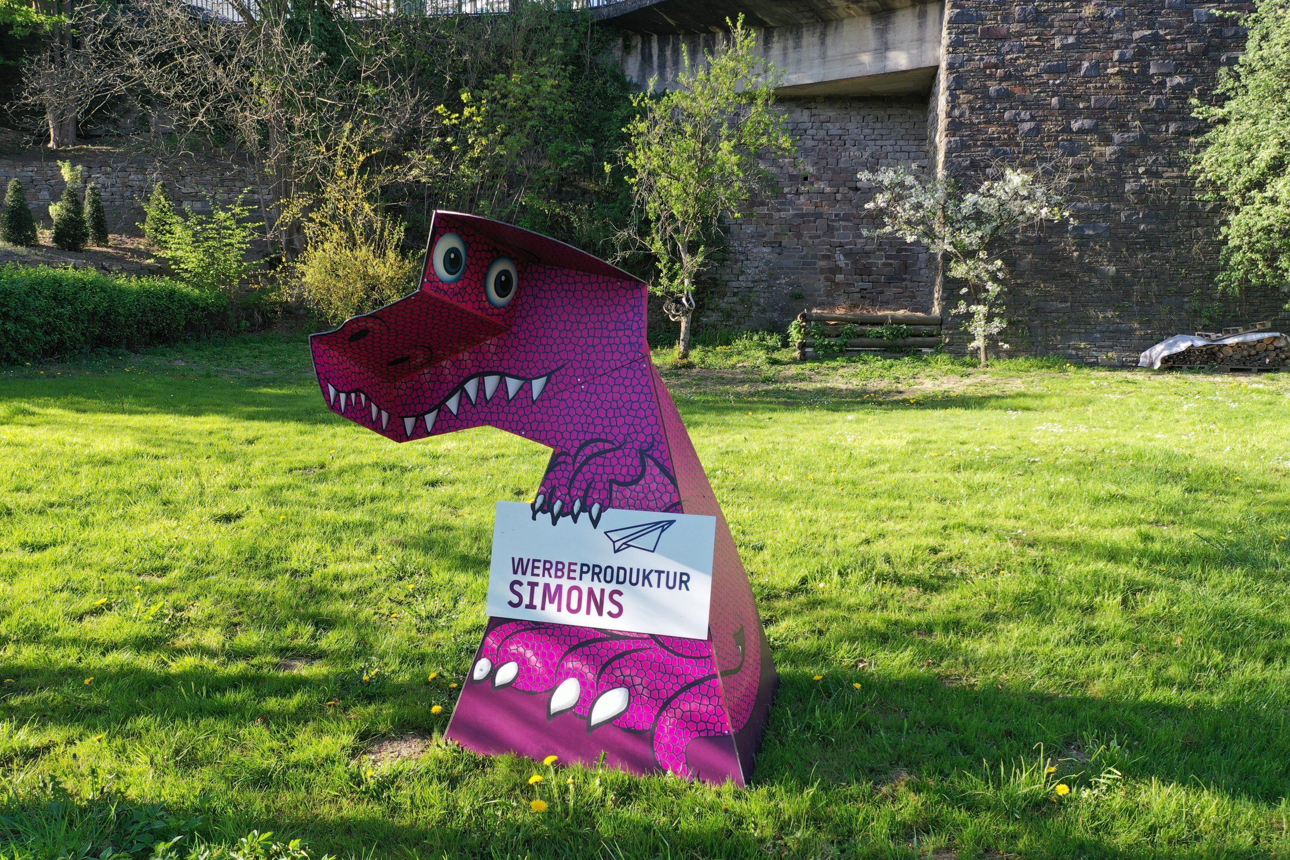 Unser T-Rex ist zurück aus dem Winterschlaf…